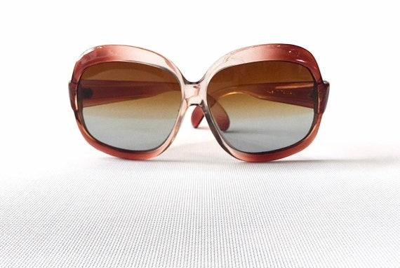 Vintage burnt orange seventies deadstock sunglasse