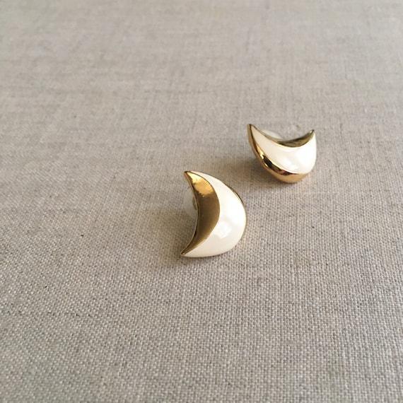 Vintage ivory crescent moon earrings