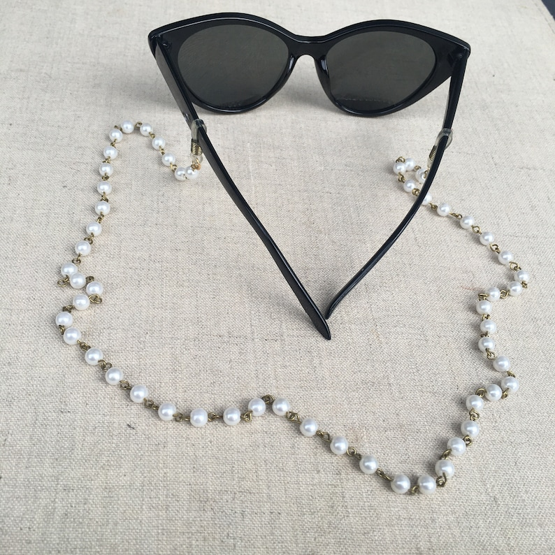 Vintage beaded pearl eyeglass chain 24 by Ankh any Racquel image 0
