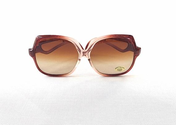 Chic vintage seventies ombré sunglasses - image 1