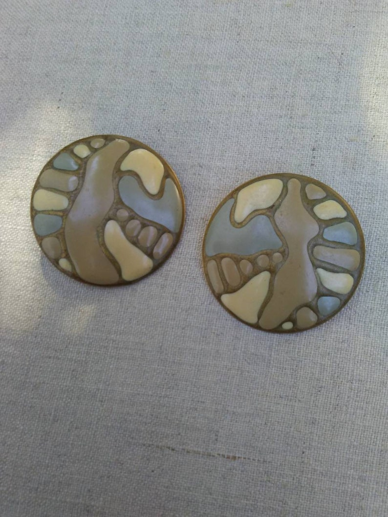 Vintage artsy enameled disc earrings image 0