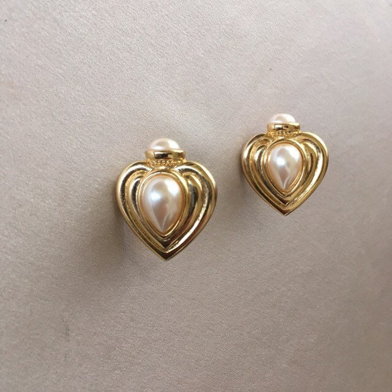 Vintage gold clip-on heart earrings with pearl accents image 0