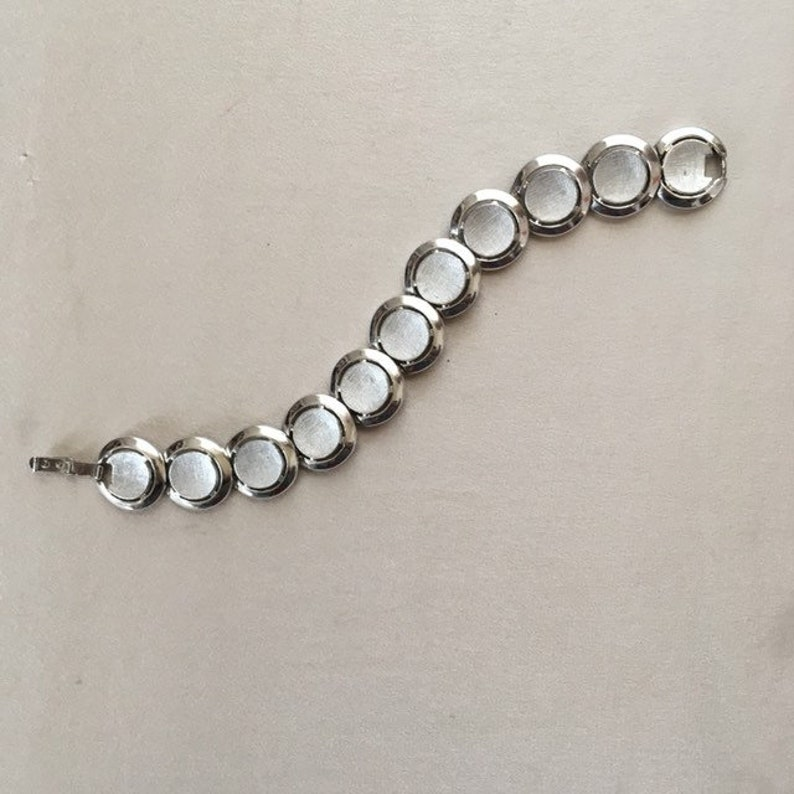 Vintage Trifari silver tone circles bracelet image 0