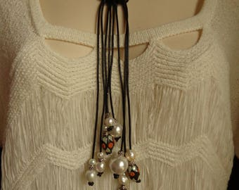 Black and White Dangles Necklace