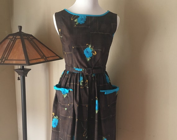 "1950s Fabulous LAVINIA Brown and Turquoise Novelty Corsage Print Cotton Dress with Large Patch Pockets-32"" 33"" Bust"