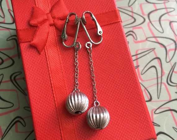 1950s Glamour Silver Tone Dangle Ball Clip On Earrings