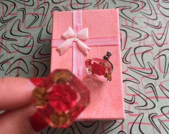 1950s Lovely Reverse Lucite Rose Screw Back Earrings