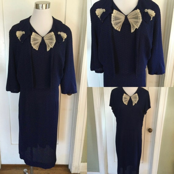 1950s Lovely Volup Navy Blue Short Sleeve Dress wi