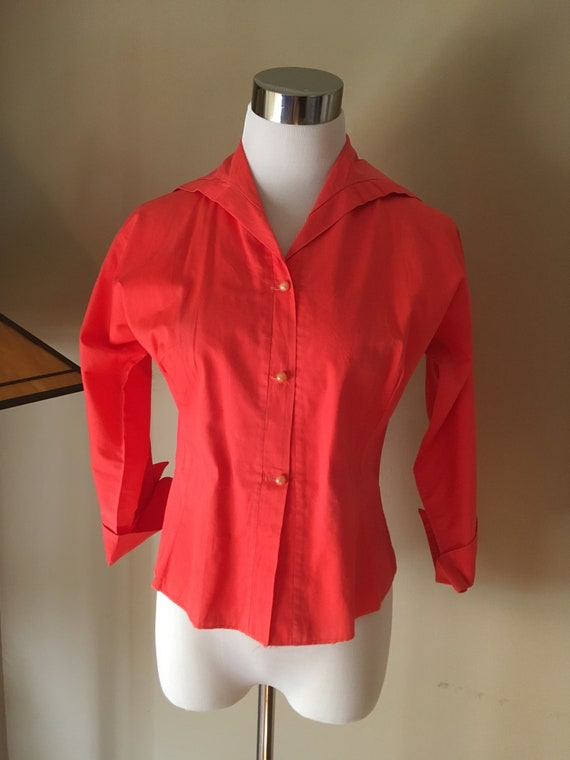 """1950s Joy Stevens of California Coral Color Cuffed Sleeve Rolled Collar Fitted Blouse-S 34""""Bust"""