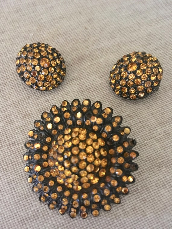 1950s Gorgeous Amber Color Rhinestone Starburst Brooch with Matching Earrings Jewelry Set