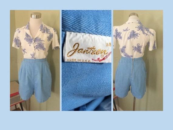 "1950s JANTZEN Sunclothes Periwinkle Blue High Waist Cotton Shorts with Pockets-S-26"" Waist"