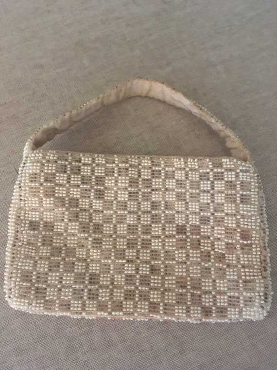 1940s 1950s Lovely Beaded Coin Purse with Inside Pocket Made In Czechoslovakia