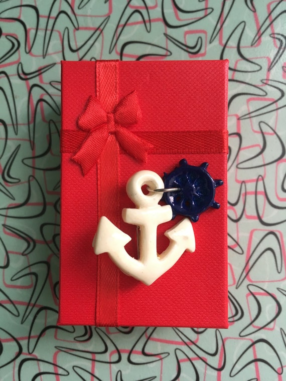 1950s 1960s Adorable Plastic Anchor with Steering Wheel Brooch Pin