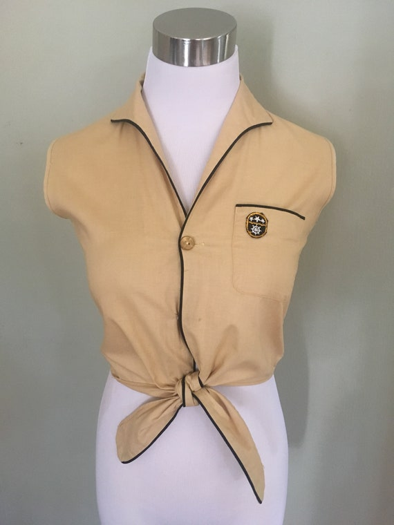 1950s Adorable Sears Roebuck Fraternity Prep Tie Up High Waist Tan Top with Nautical Pocket-XS