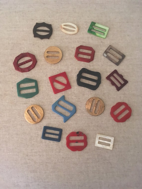 1930s 1940s Small Plastic Buckles Scarf Slides Multi Colors and Shapes-Lot of 18