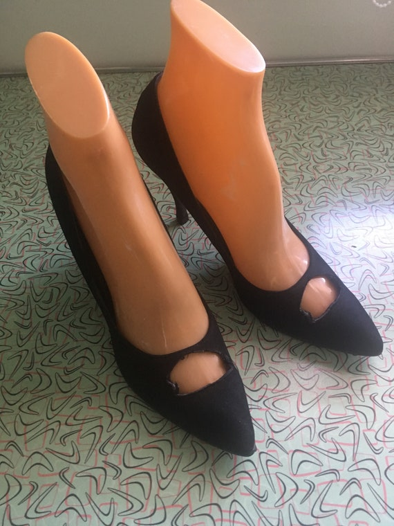 1960s Glamorous Sylvia Cristie Black Suede Cut Out Point Toe Stiletto Heels-6 6.5N