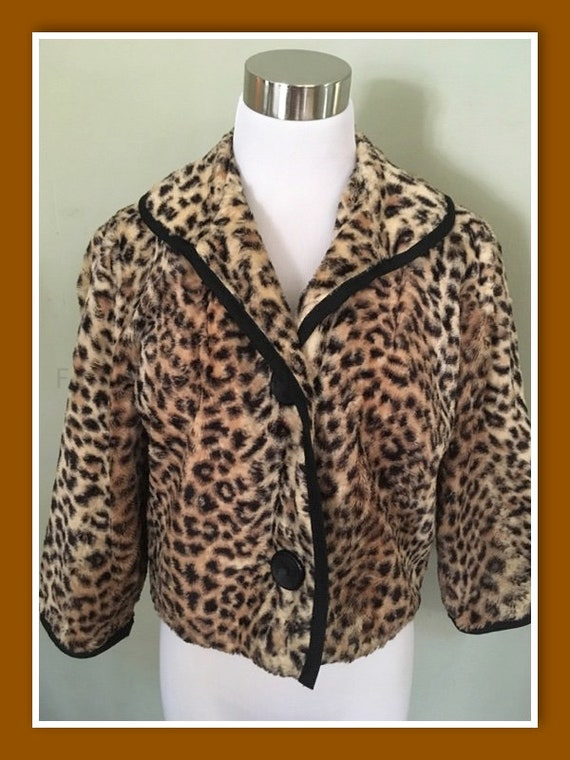 1950s GLENTEX Glamorous Leopard Print Faux Fur Jacket 2 Button Closure-M