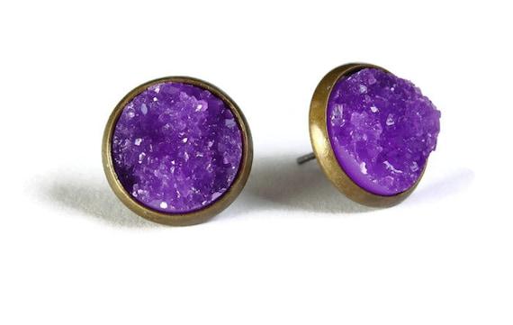 Antique brass and purple textured stud earrings - Faux Druzy earrings - Post earrings - Nickel free lead free (803)