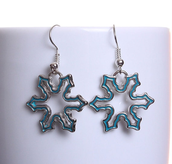 Sale Clearance 20% OFF - Blue enamel snowflake silver tone dangle drop earrings (609)