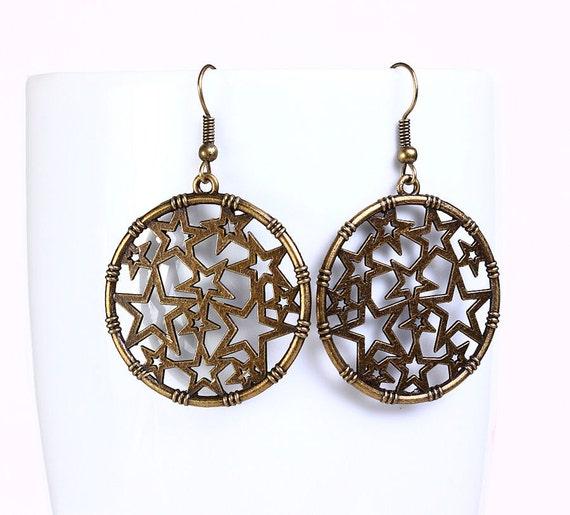 Antique brass filigree star drop earrings (540)