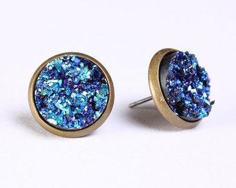 Turquoise blue green textured stud earrings - Blue sparkle stud earrings - Faux Druzy earring - Antique brass post earrings (760)