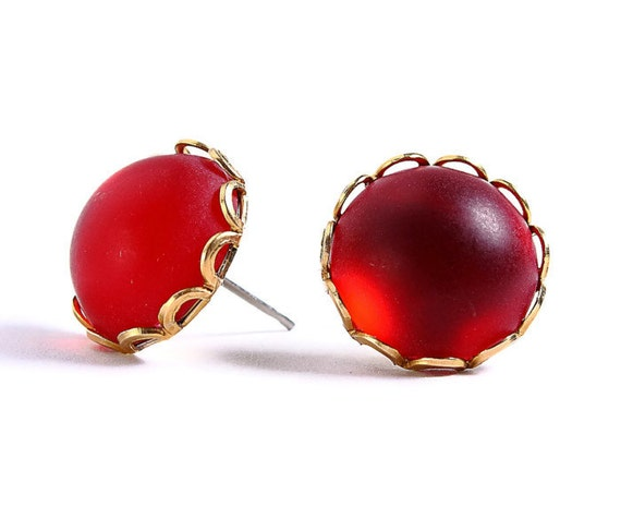 Matte frost garnet red hypoallergenic surgical steel post earrings (412)