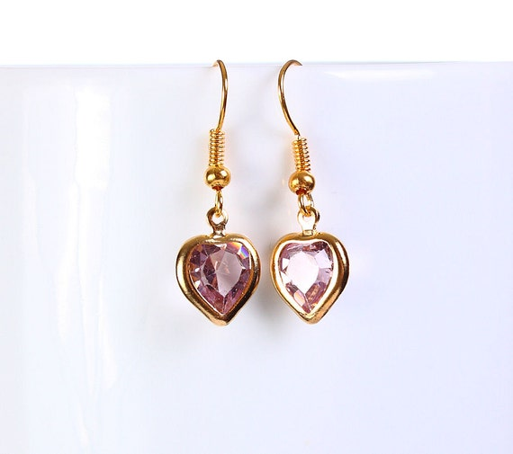 Sale Clearance 20% OFF - Petite pink heart gold dangle earrings (768)