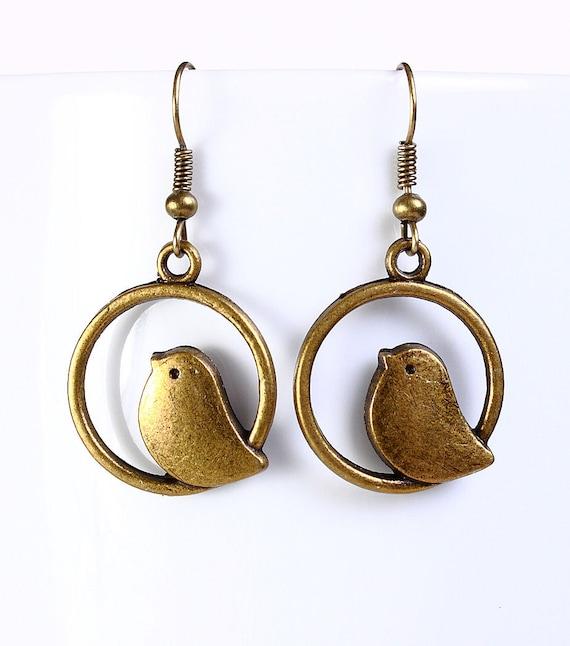 Antique brass bird drop dangle earrings (549)