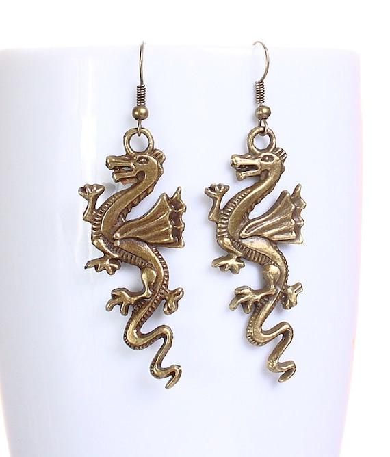 Antique brass dragon drop dangle earrings (620)