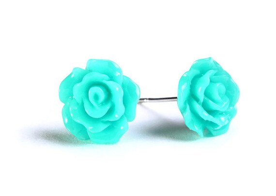 Petite sea foam green rose rosebud hypoallergenic stud earrings (743)
