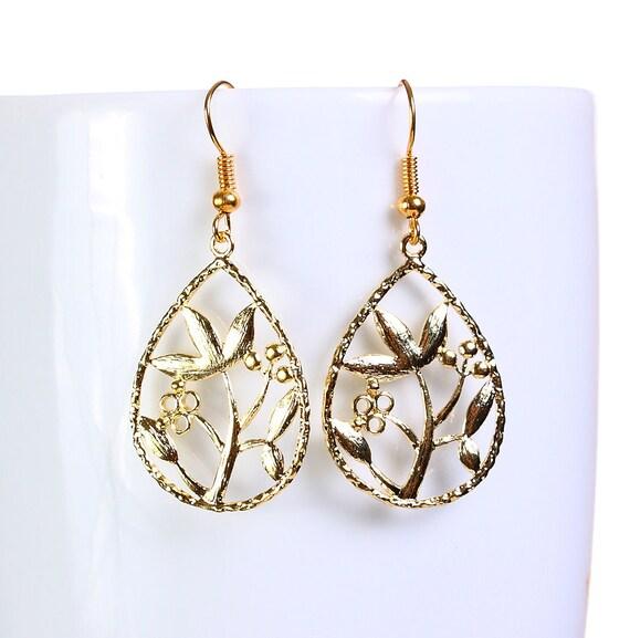 Gold plated flower filigree drop dangle earrings (650)