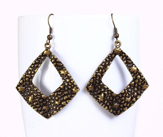 Antique brass filigree rhombus drop dangle earrings (527)