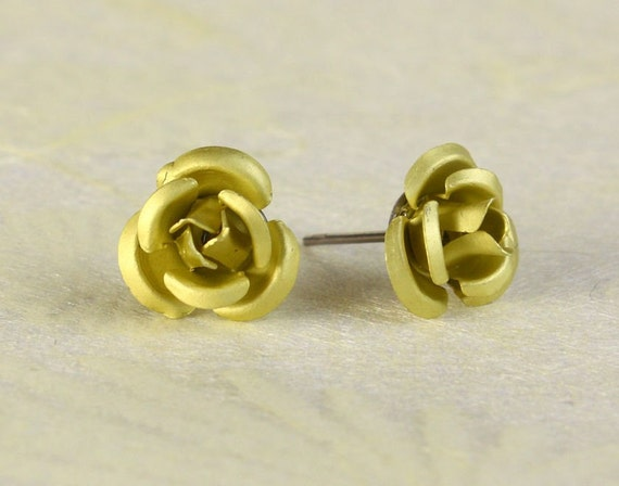 Lime green yellow aluminum surgical steel stud earrings (363)