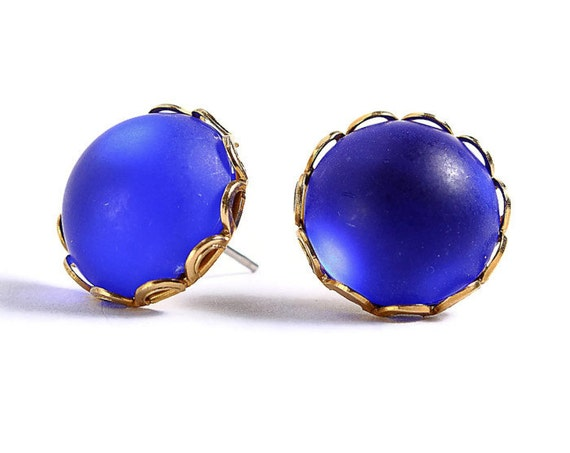 Matte frost cobalt blue hypoallergenic surgical steel post earrings (409)
