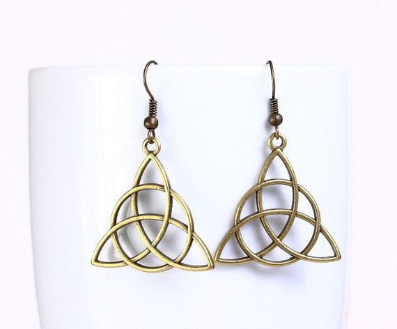 Sale Clearance 20% OFF - Antique brass celtic drop dangle earrings (547)