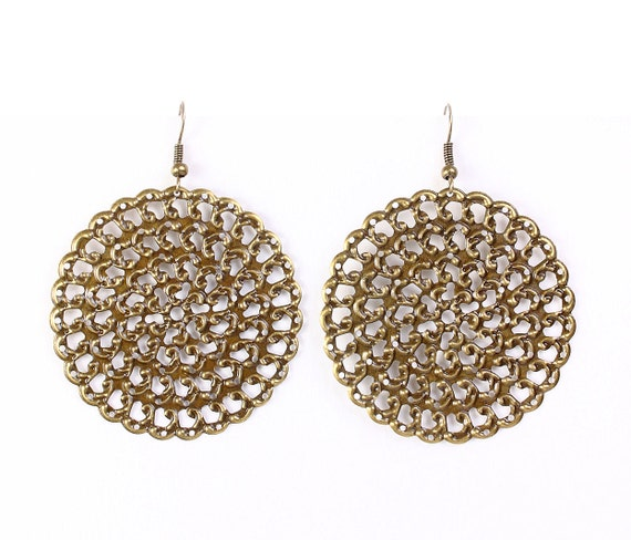 Antique brass round filigree dangle drop earrings (633)