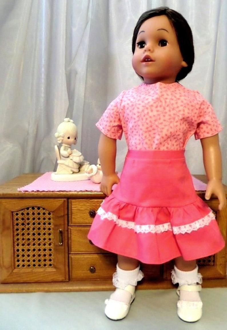 cc5d74bc7b5d3 Rose pirouette poupée jupe et chemisier à manches courtes rose
