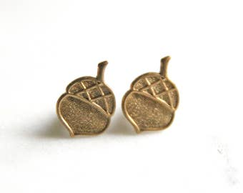 Gold Acorn Earrings | Acorn Jewelry Woodland Jewelry | Bridal Jewelry, Forrest Themed Wedding |  Bridesmaid Jewelry | Wedding Party Gifts