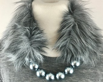 Pearl Grey Faux Fur Collar-Necklace, Silver Grey Fur Pearl Collar, Fake Fur Pearl Collar, Mother's Day Gift