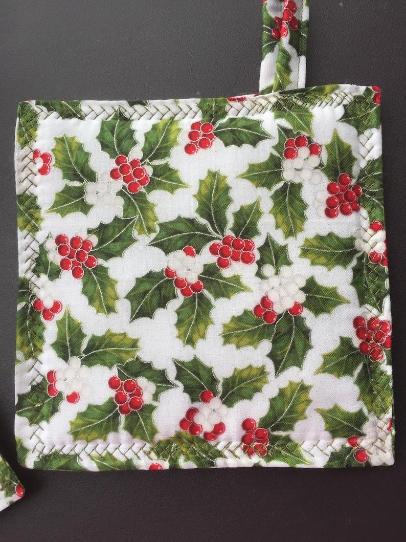 Pot Holder Brand New design Oven Mit Green Oven Mitt White Potholder Christmas Holly Fabric Design New Pot Holders Oven Hot Pad