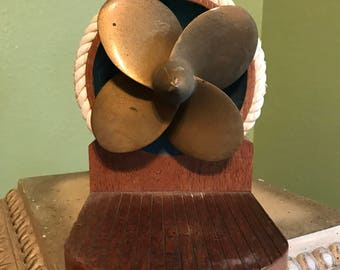 Nautical boat propeller bookends