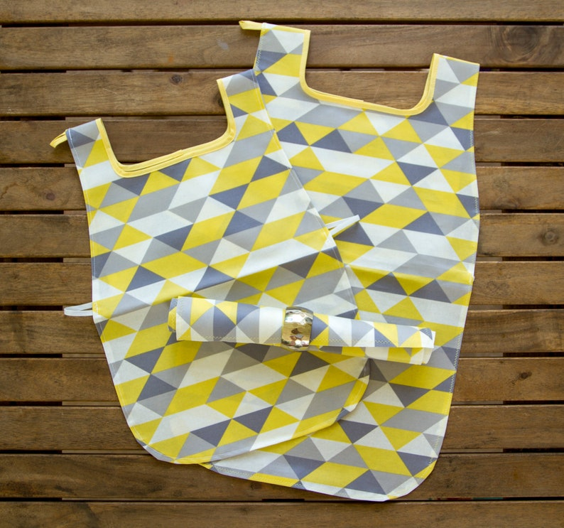 Waterproof Aprons & Mats  Toddler and Primary image 0