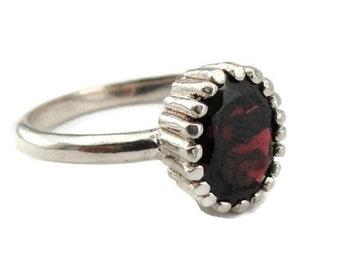 925 Silver Red Garnet Ring, Elegant charming silver garnet ring, Ring Size 7, Oval Ring, Engagement Ring, Wedding Ring  (sp 173)