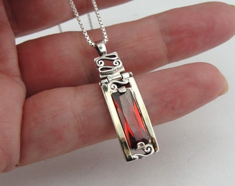 Garnet Sterling Silver 925 and 9K Yellow Gold pendant , Handcrafted oval necklace, Red stone pendant, pendant with chain (vs p325)