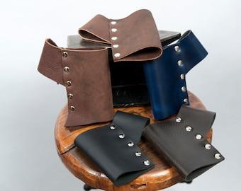Soft leather scabbard larp ren faire weapon holder sword frog brown black blue purple game of thrones sca fighter ranger witcher adventurer