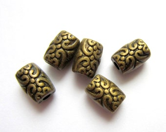 30 Metal beads antique bronze beads  lead free, jewelry supply 7.5mm x 5mm 2mm hole 198Y-(Z6)
