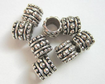 24 Silver Beads Large hole beads antique silver jewelry making spacer beads 7mm no lead no nickel B644-R5