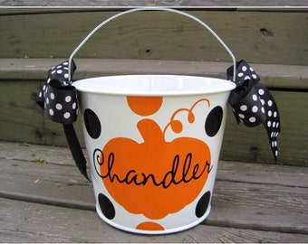 Personalized 5QT Halloween Trick or Treat Bucket with Handles/White with Pumpkin & Name/Many Designs to Choose From