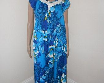 e596584e3efc Vintage Hawaiian Loungewear/Blue Cotton Hibiscus Print 60's  Maxidress/Lounger - Size M-L