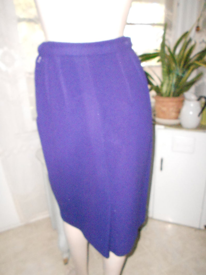 Pencil Skirt and Oversized Double-Breasted Jacket 1960/'s Purple Wool Suit Size SM